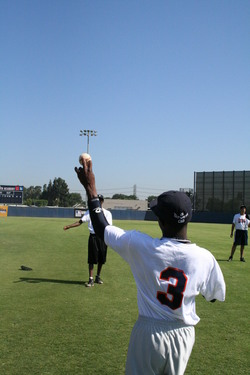 2008 RBI World Series - Day 2 - Warm-up toss