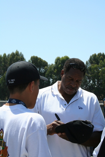 2008 RBI World Series - Day 4 - Dave Winfield 1